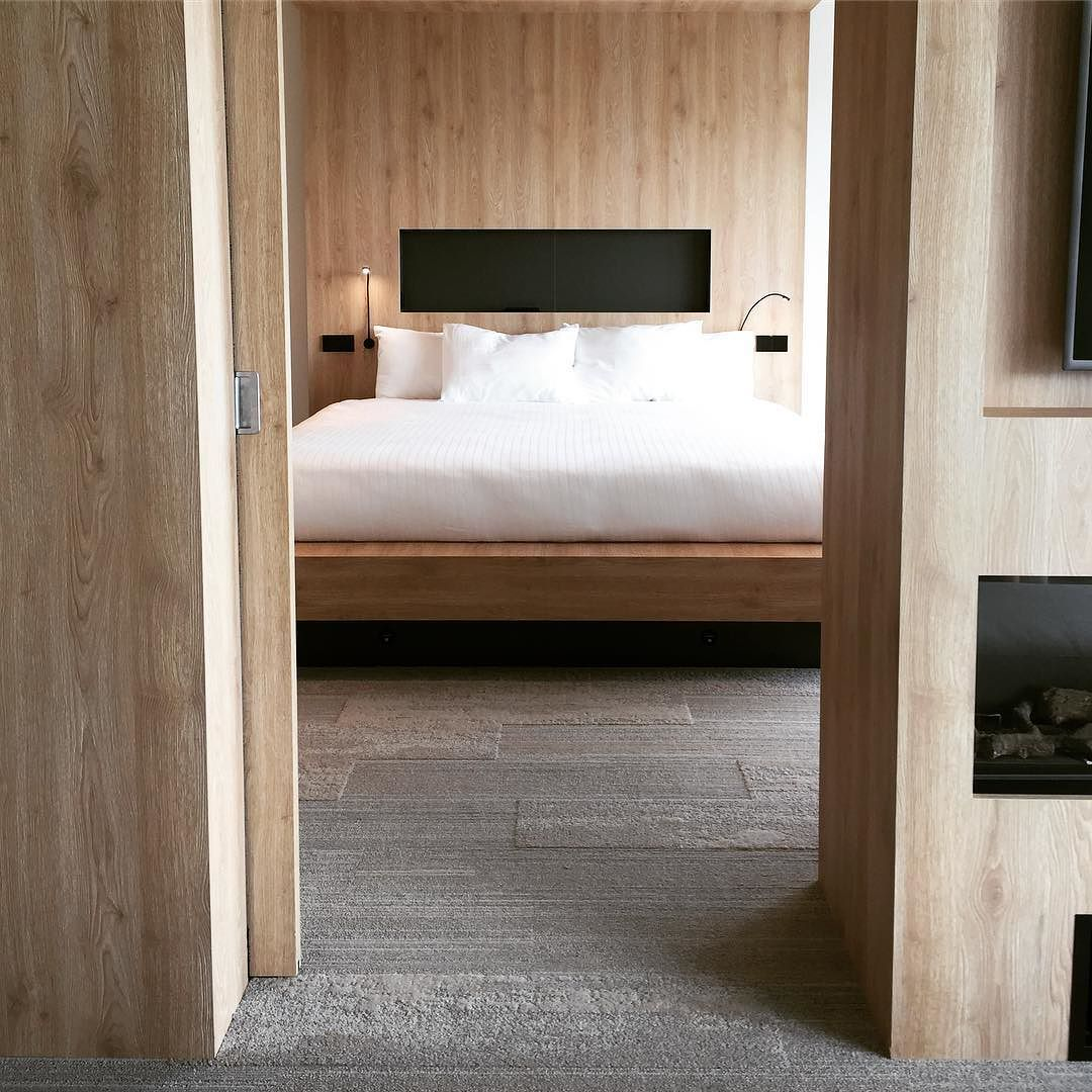 #dehotelpartners #hotelproject #hospitality #hoteldesign #inspiration #sleepwell #relax #enjoy #denhaag