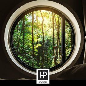 Steeds Meer Hotels Besteden Meer Aandacht Aan Het Milieu. Een Voorbeeld Is Het Hotel Zoo In Berlijn. Er Is Gebruik Gemaakt Van Duurzame Materialen En Milieuvriendelijke Technologieën. Hoe Sta Jij Tegenover Duurzaamheid In Hotels? #sustainable #milieu #hoteldesign #interieurhotel #dehotelpartners